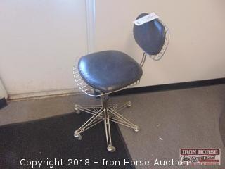 Wire Frame Adj. Height Stool