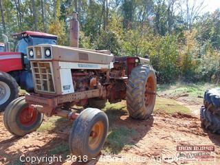 1973 International 1066 Tractor