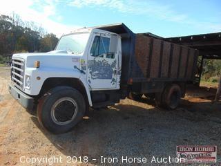 1981 International 1854 Dump Truck