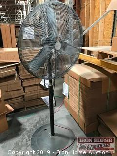 Central Machinery 30 in. Pedestal Shop Fan