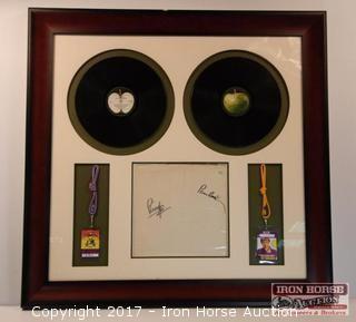 """Framed Paul McCartney and Ringo Starr Signed """"White Album"""" Cover #0102403"""