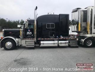 2004 Peterbilt 379X Road Tractor