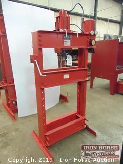 Nugier 40 Ton Press H40-14