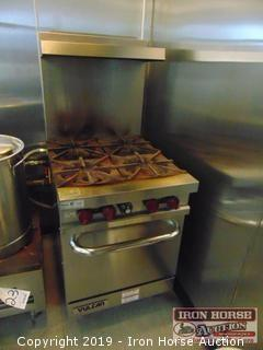 Vulcan 4 burner range with oven