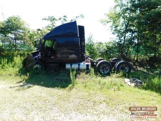 2004 Volvo Salvage Road Tractor