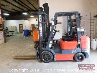 Starke Material Handling Forklift Model # FG30C