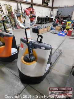 Crown WP 3000 Series Electric Pallet Truck