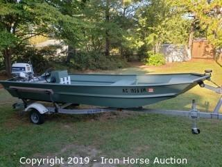 1984 Duracraft 15' Boat