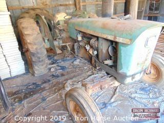1969 John Deere 2020 Tractor (Selling as Parts Machine)
