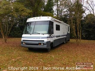 1997 Winnebago Adventurer Class A Motor Home
