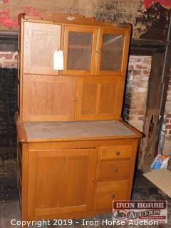Hoosier Kitchen Cabinet w/ Hutch