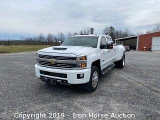 2017 Chevrolet 3500 Crew Cab Dually w/ High Country Package