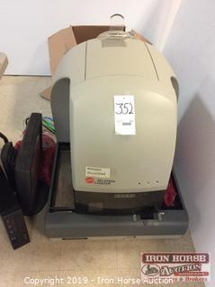 Beckman Coulter UniCel DxH800 Coulter Cellular Analysis System