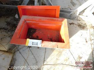 Fiberglass Mold for 8D Battery Box and Lid