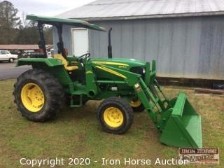2012 JOHN DEERE 5045D TRACTOR w/ 512 Loader Boom and Bucket