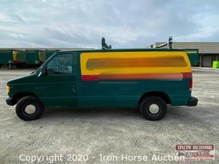 1998 Ford Econoline 150 Van