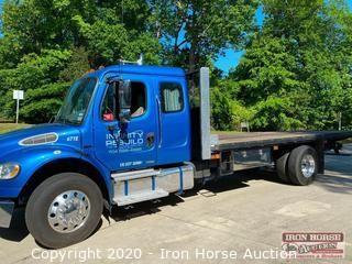 2006 Freightliner Business Class M2 Flatbed with Sleeper Cab