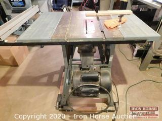 "Delta Professional 10"" Table Saw"