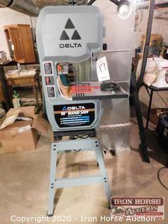 "Delta 10"" Band Saw"