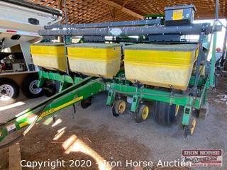 John Deere 1780 6 Row Planter