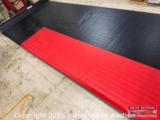 Padded Vinyl Floor Mat