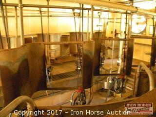 12 Cow Stanchion Milking Parlor Stations