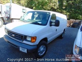 2007 Ford E-350 Cargo Van, 6.0 L Diesel Engine, 190,920 Miles Showing, Vin# 1FTSE34P07DA61435(Windshield Has 2 Chips, Rear Bumper & Door Has Dent)